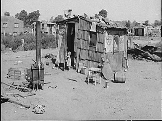 The Great DepressionInside Hooverville Homes