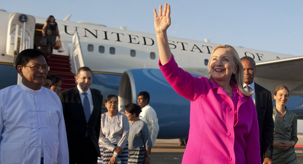 Hillary arriving in Myanmar yesterday