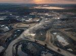 alberta-tar-oil-sands-satellite-pictures-aerial_46162_600x450