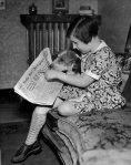 reading-a-newspaper