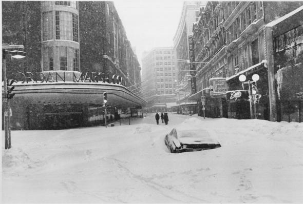 Washington Street in Boston's downtown shopping district, Feb. 7, 1978