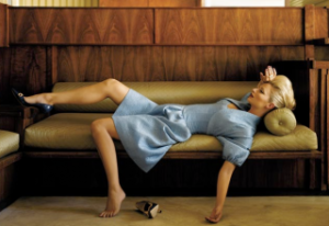 woman-on-fainting-coach_yellow-brown-blue-exhaustion-vintage-glam_Amy-Neunsinger-320x220
