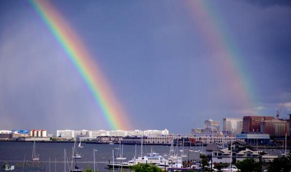 Double rainbow harbor