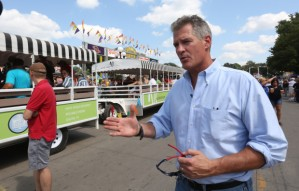 Scott Brown tours Iowa State Fair