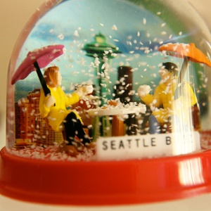 Collectors_snowglobe_3