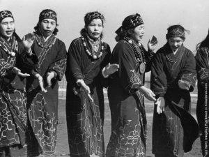 Ainu-people-4
