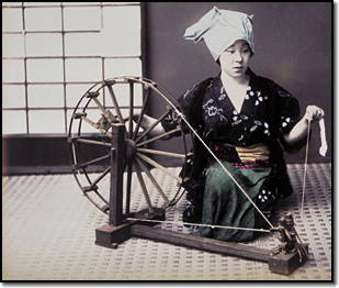 woman-spinning