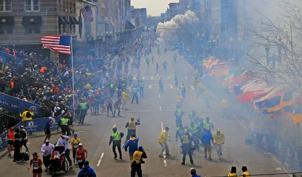 boston_marathon_explosion_20