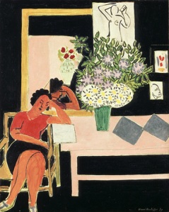 womanreadingblackbackground1939