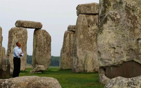 Obama stonehenge2