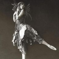 Ballet dancer Tamara Karsavina - 1912 - L'Oiseau de feu (The Firebird)