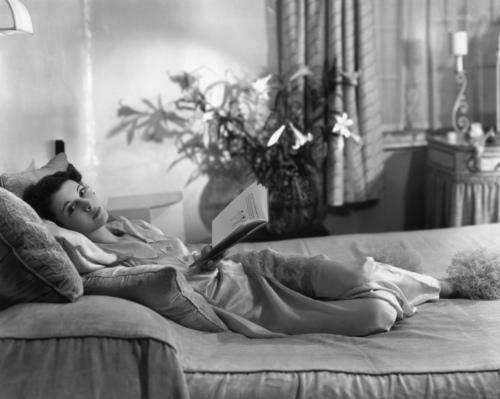 Vivien Leigh reads