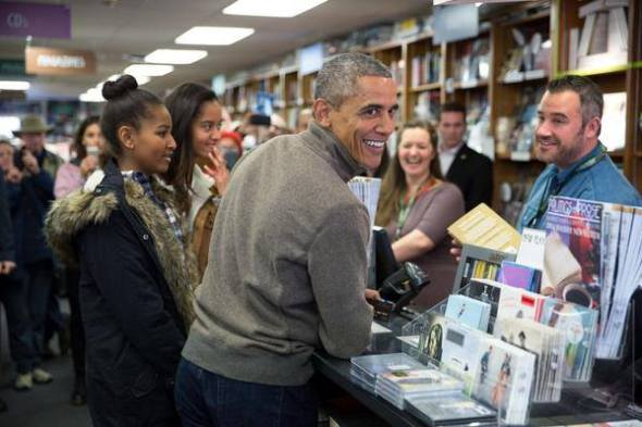 Obama and daughters books