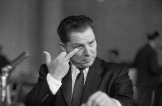 Jimmy Hoffa gives the finger to Attorney General Bobby Kennedy at a hearing