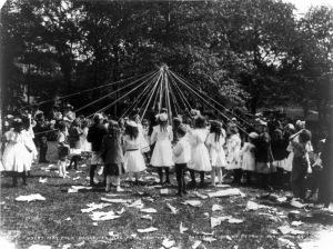 Maypole dance, Central Park, NY, 1905