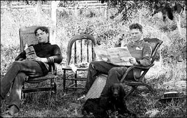 reading vintage photo