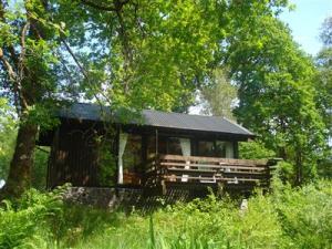 339302-strae-cabin
