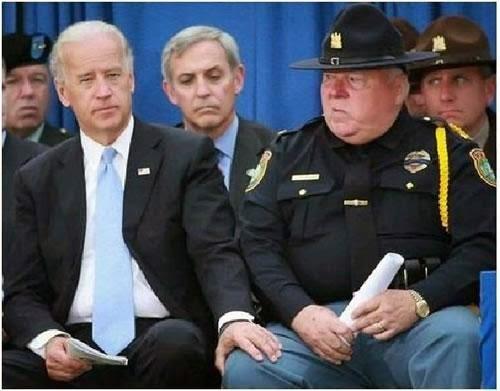 Joe-Biden-wandering-hand