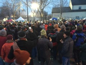 Vigil for Jamar Clark outside police precinct