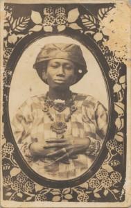 4.-Senegalese-Woman-645x1024