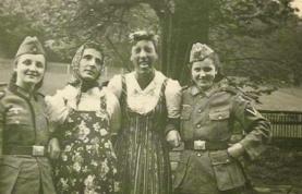 Collaborator Girls in World War II (3)