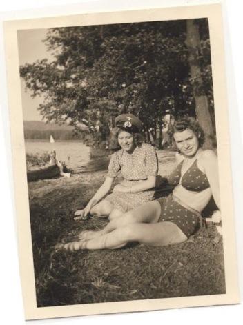 Collaborator Girls in World War II (5)