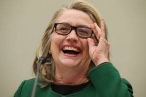 Hillary-Clinton-laughing-620x413