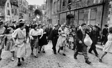 Robert Capa - France during the Second World War (7)
