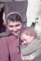 Unidentified woman and child, Kutno, Nazi-occupied Poland, 1939