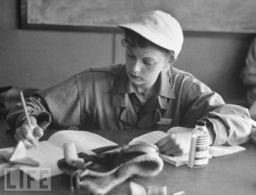 Women in World War II (10)