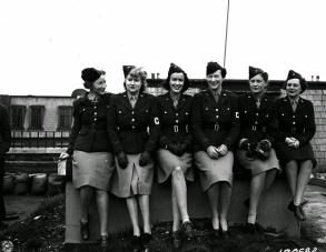 Women in World War II (15) (1)