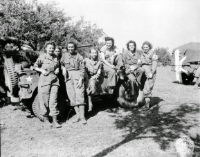 Women in World War II (17)