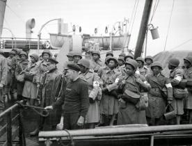 Women in World War II (18)