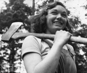 Women in World War II (26)
