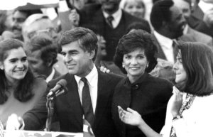 11-1988, JAN 6 1991; Dukakis, Michael & Mrs. - Family; Gov. Mike Dukakis and wife Kitty with his daughters at the rally Sunday in Westminster.; (Photo By Jerry Cleveland/The Denver Post via Getty Images)