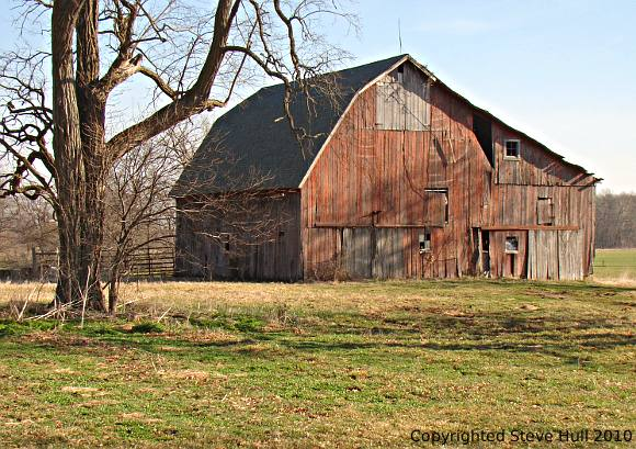 Old barn near Yorktown, Indiana