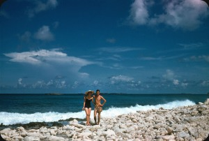 Beaches in the U.S in the 1950s-60s (19)