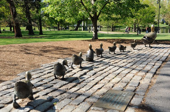Make Way for Ducklings statues, Boston Public Garden
