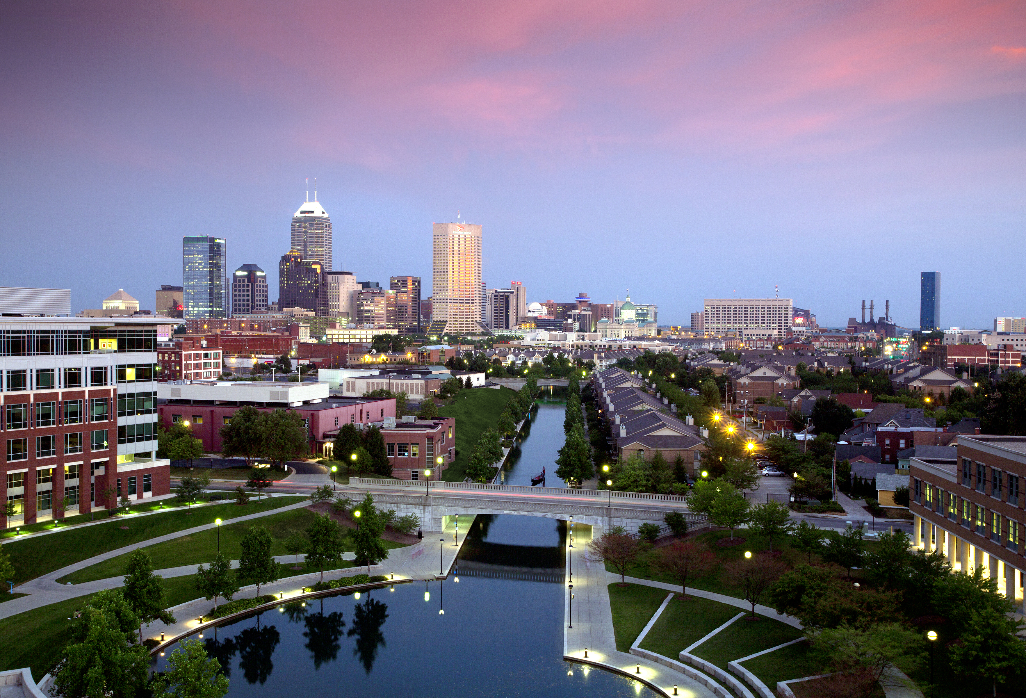 indianapolis skyline from iu health rich clark 2011 sky dancing