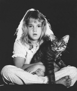 Drew Barrymore with cat
