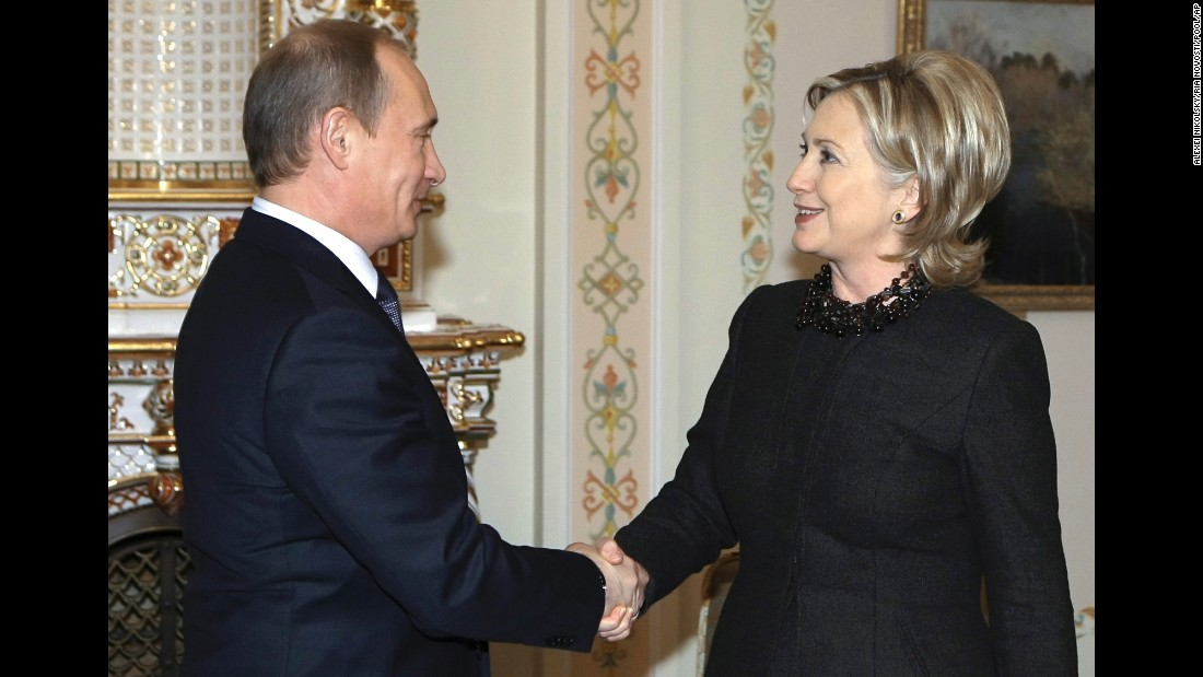160510182418-clinton-putin-2010-super-16