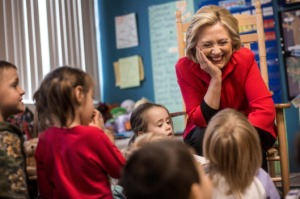 11-hillary-clinton-with-kids-w529-h352