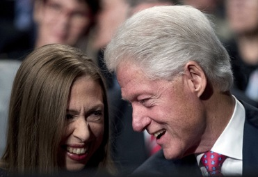 chelsea-clinton-bill-third-debate-rex-6