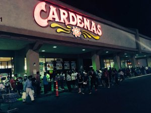 Early voting crowd at Cardenas in Las Vegas