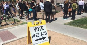 Lines for early voting in Arizona