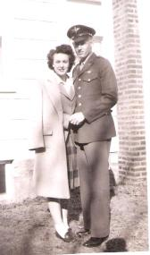mom-and-dad-ww2-001