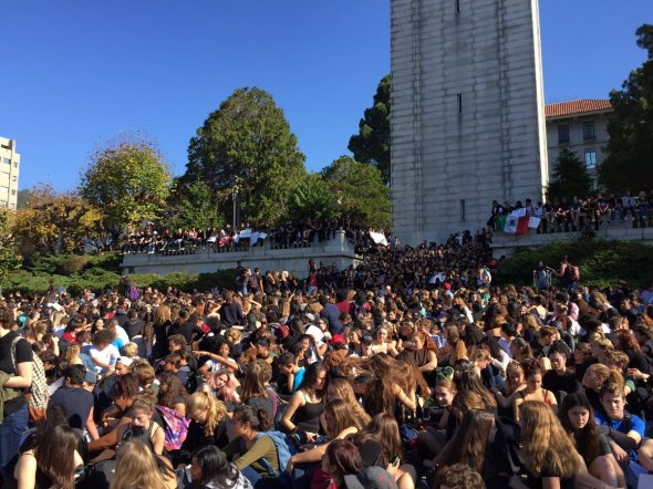 students-protest-outside-berkeley-hs