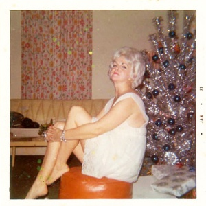 middle-aged-women-posing-next-to-christmas-trees-from-the-1950s-60s-1