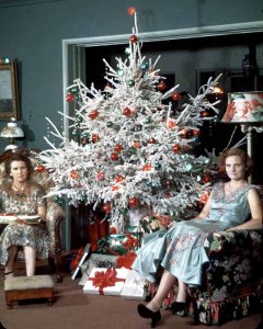 middle-aged-women-posing-next-to-christmas-trees-from-the-1950s-60s-36