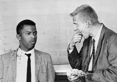 20 May 1961, Montgomery, AL, wo battered Freedom Riders, John Lewis (left) and James Zwerg (right) stand together after being attacked and beaten by pro-segregationists in Montgomery, Alabama. --- Image by © Bettmann/CORBIS